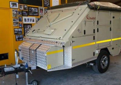 Afrispoor-Caravan-Cheetah-Fold-Open