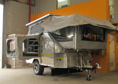 Afrispoor-Caravan-Cheetah-Slide-In-Open-position